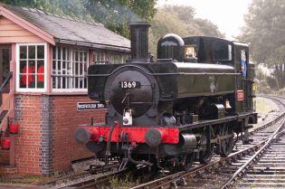 1369 at Buckfastleigh-2016.jpg