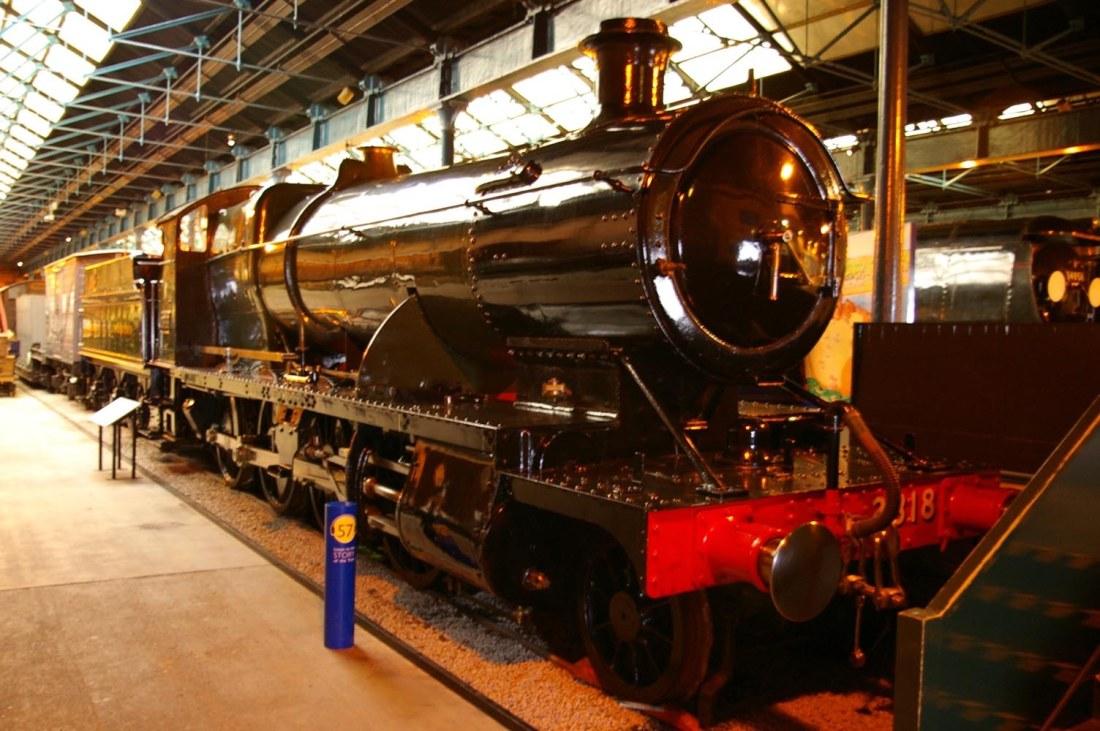 2818 in National Railway Museum at York-2005.jpg
