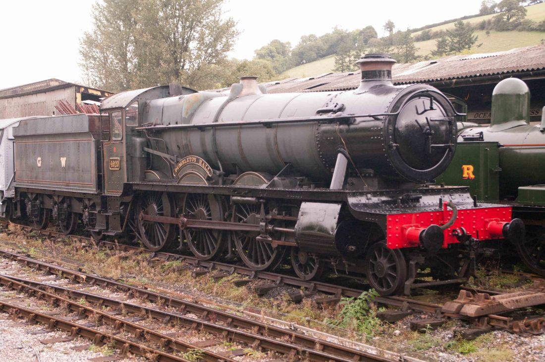 4920 Dumbleton Hall -Buckfastleigh on the South Devon Railway-2016.jpg