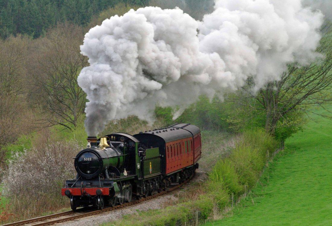 5322 near Glyndyfrdwy on Llangollen Railway-2014.jpg