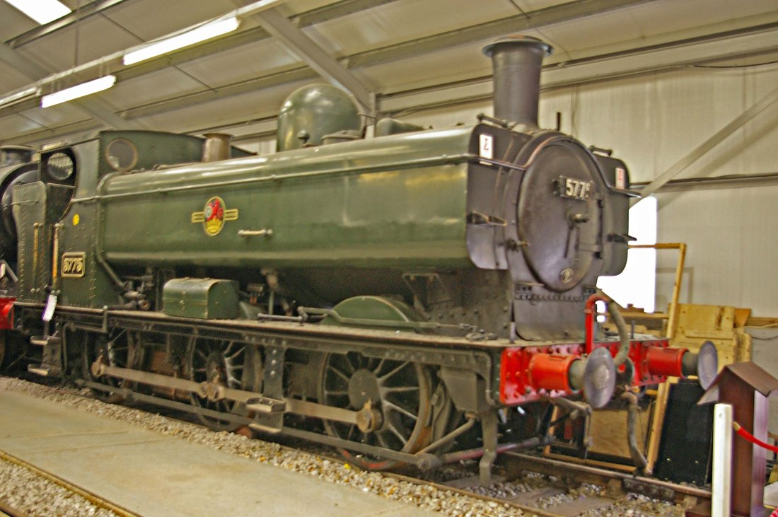 5775 at Oxenhope-2009.jpg