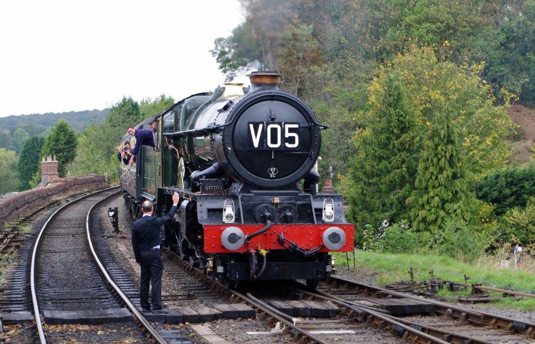 6024 at Bewdley-2011.jpg