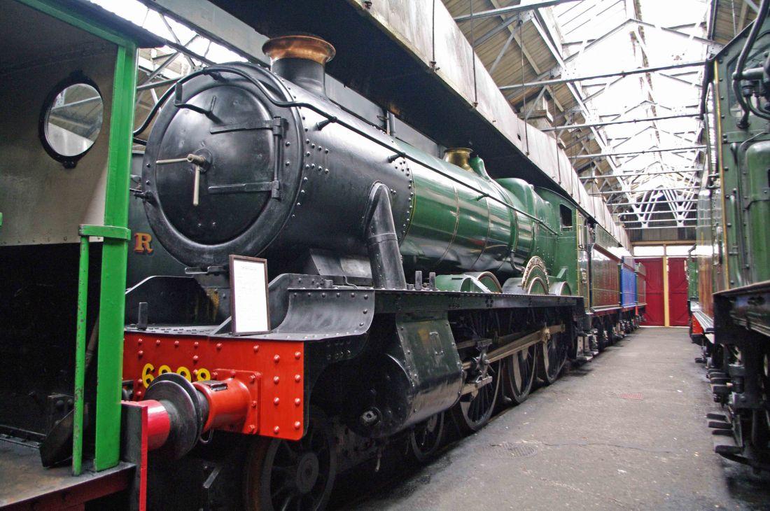 6998 at Didcot-2011.jpg