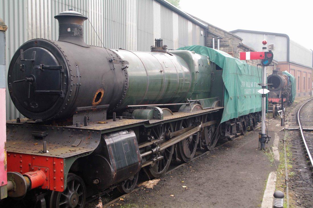 7802 at Bridgnorth-2011.jpg