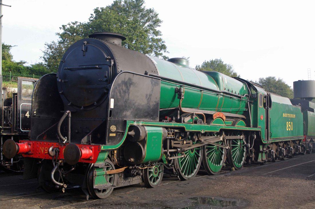 30850 at Ropley a-2015.jpg