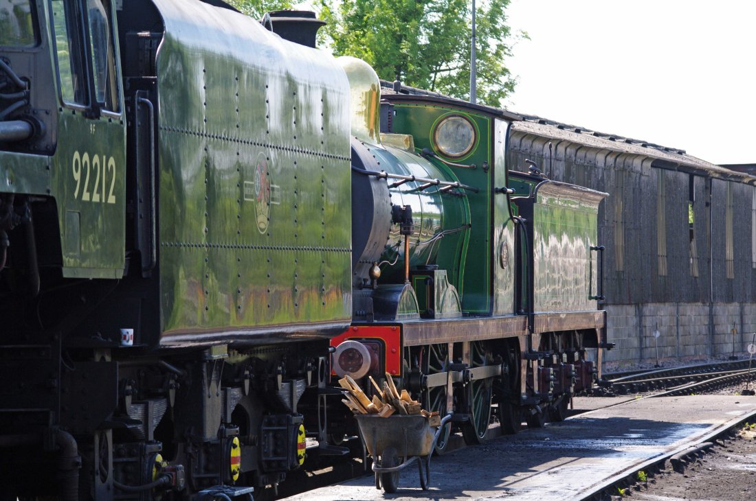 31592 at Sheffield Park-2012.jpg