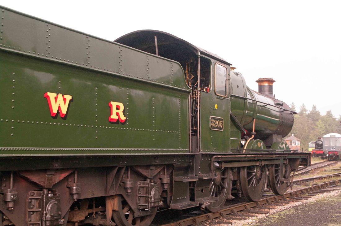 3205 at Buckfastleigh-2016.jpg