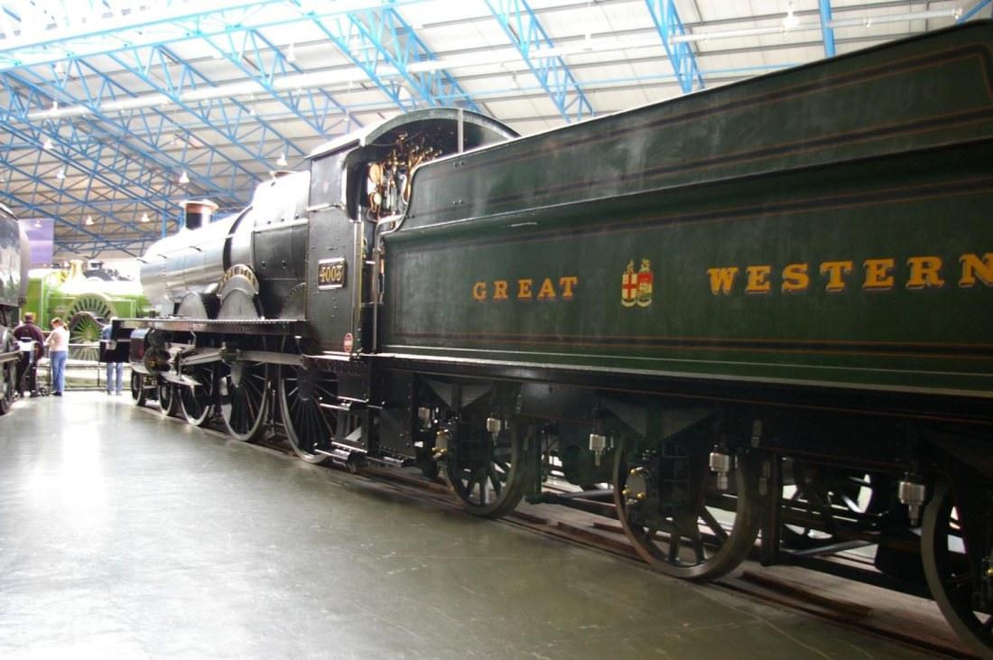 4003 Lode Star in National Railway Museum York-2005.jpg