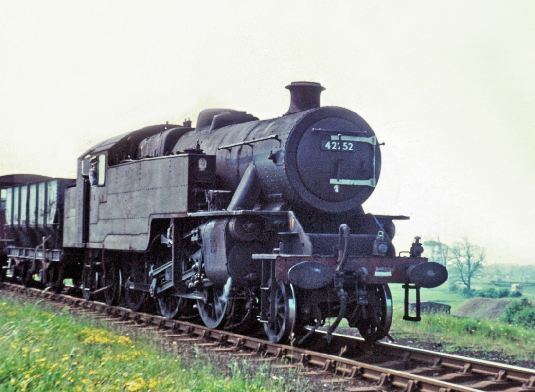 42252 at Egremont-1966.jpg