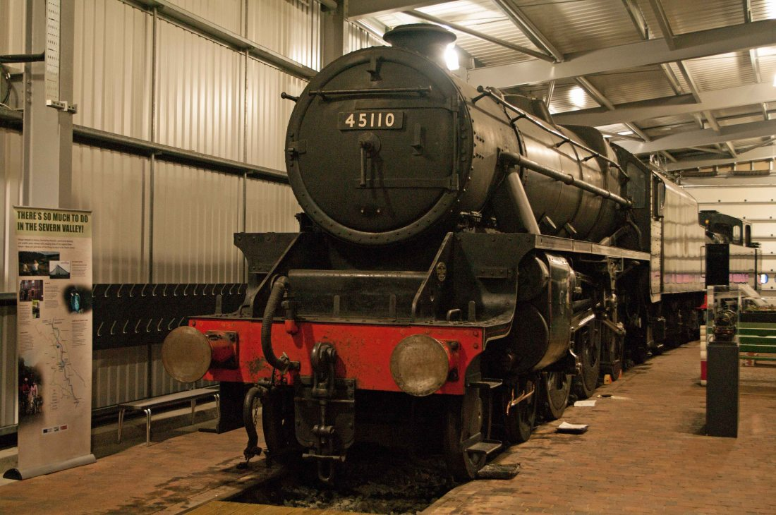 45110 at Highley 2015.jpg
