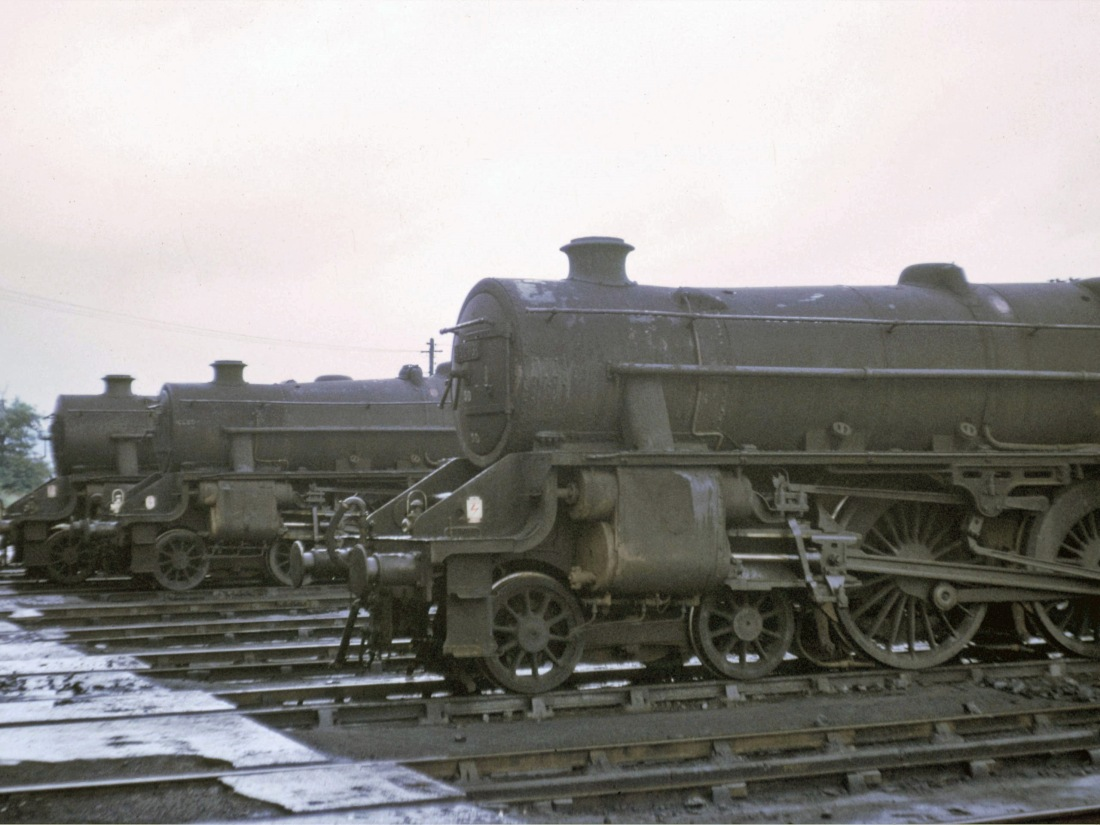 45282,44896 & 45003 at Farnley-July 1966.jpg