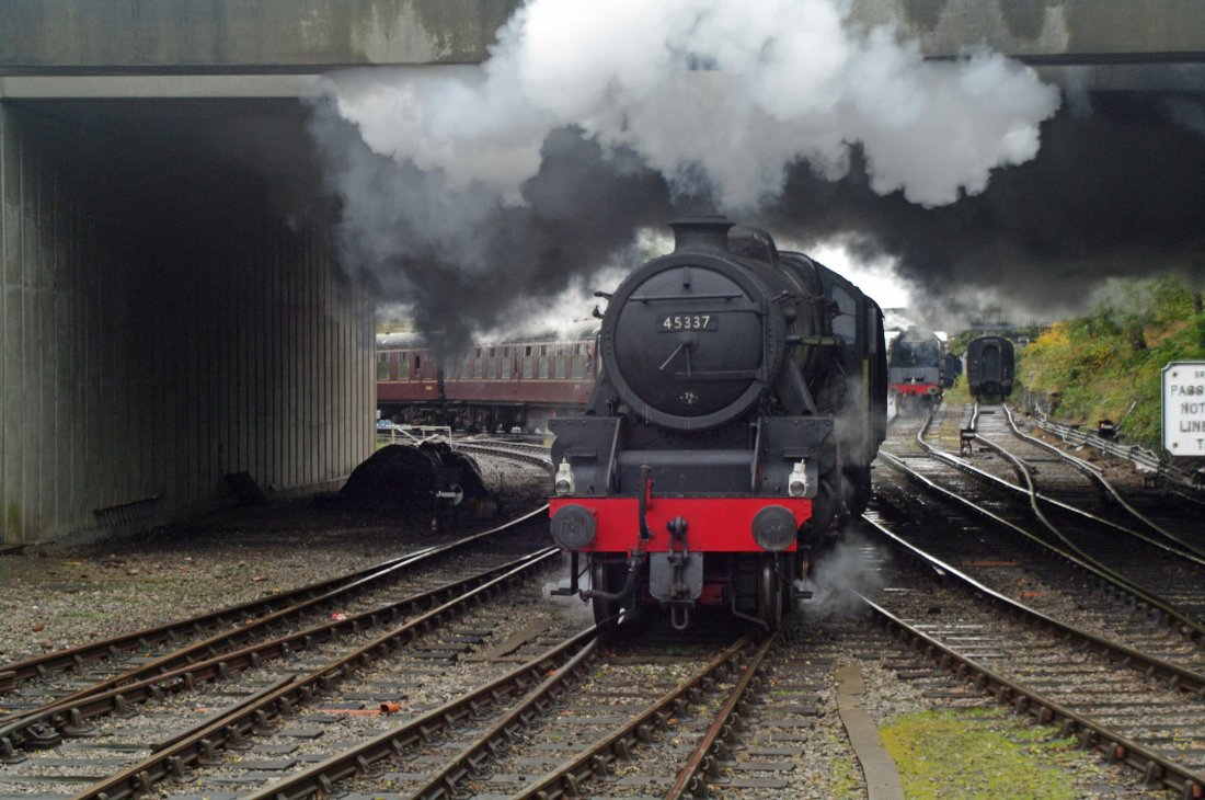 45337 at Bury 2010.jpg