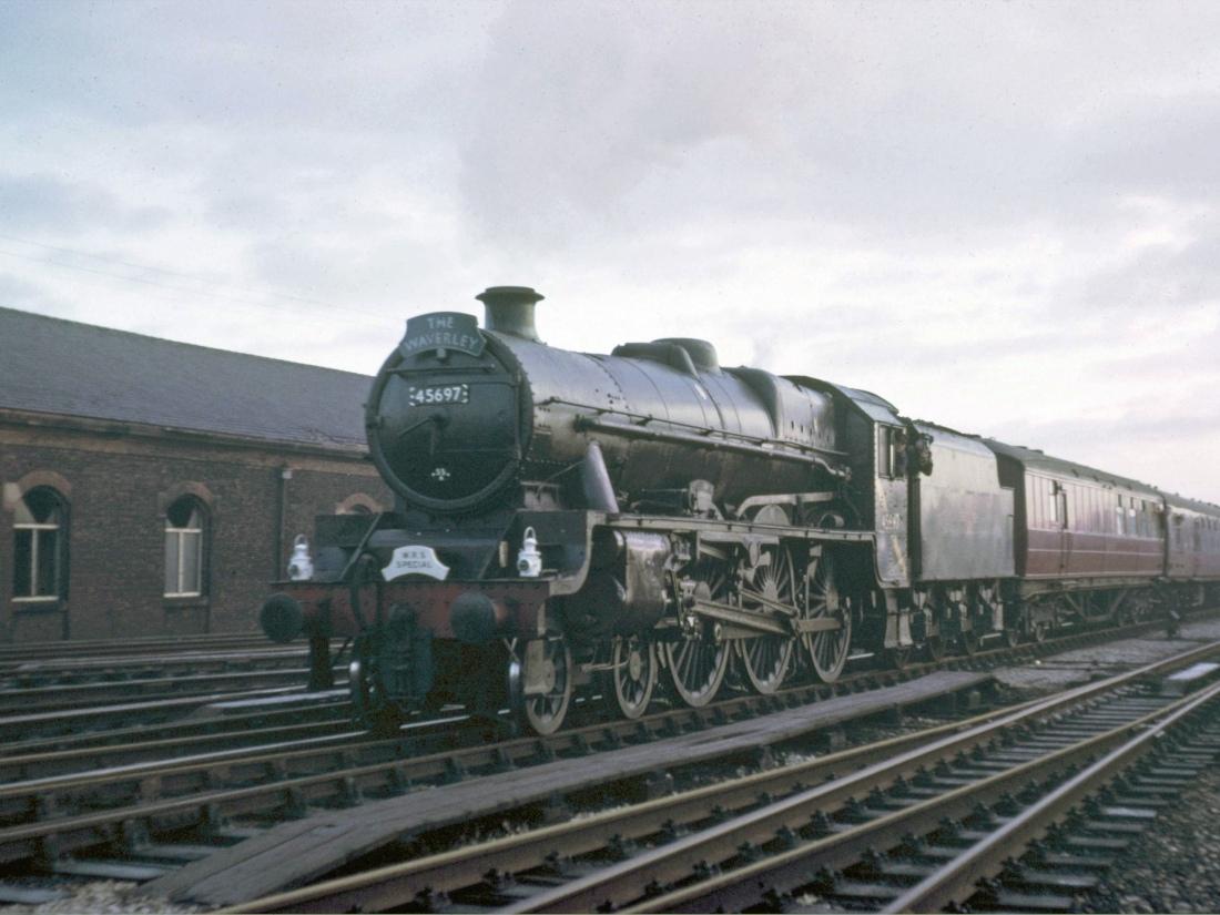 45607 at Carlisle December 1965.jpg