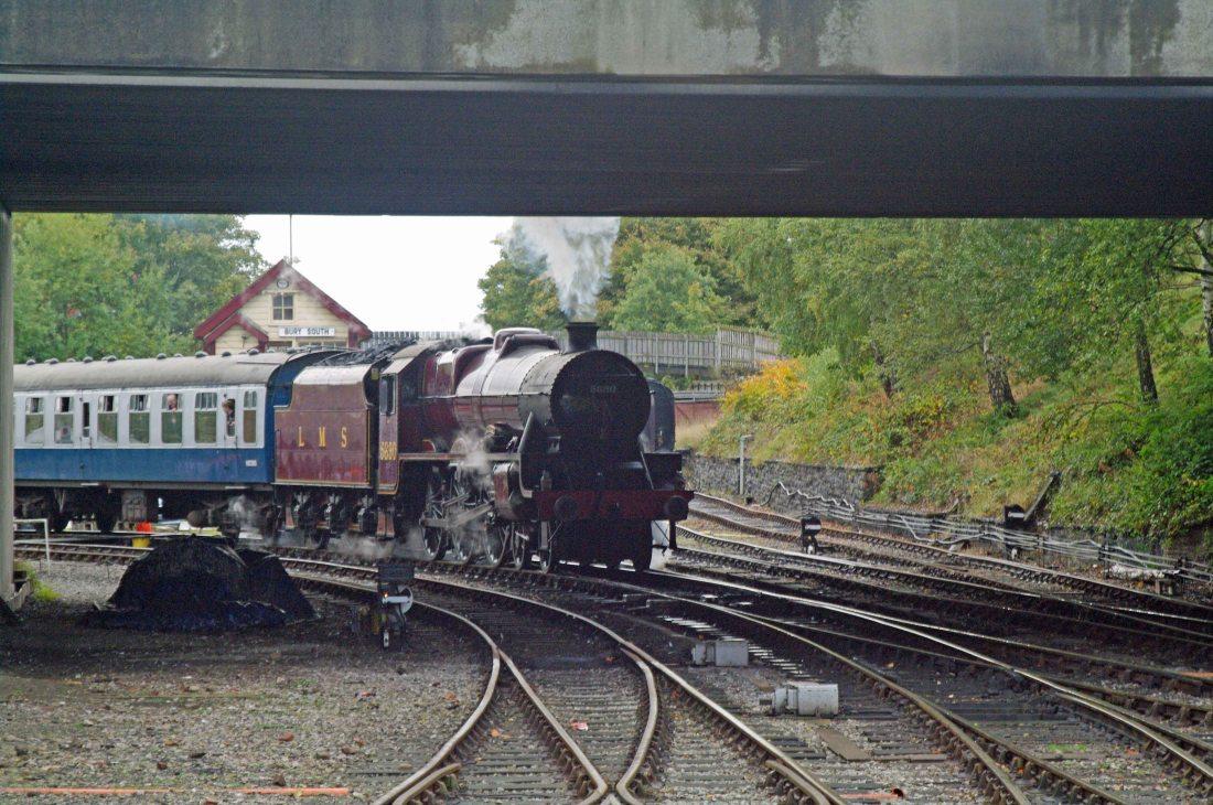 45690 at Bury 2010.jpg