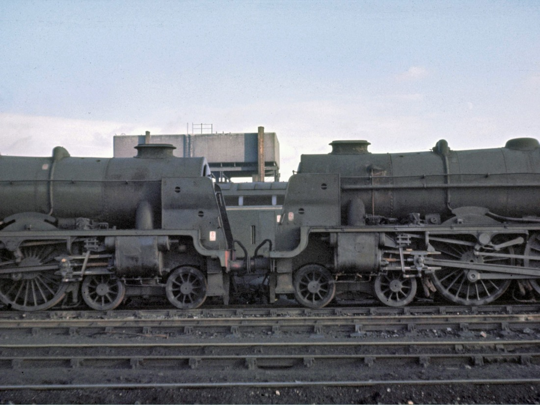 46115 & 45530 at Carlisle- Jan 1966.jpg