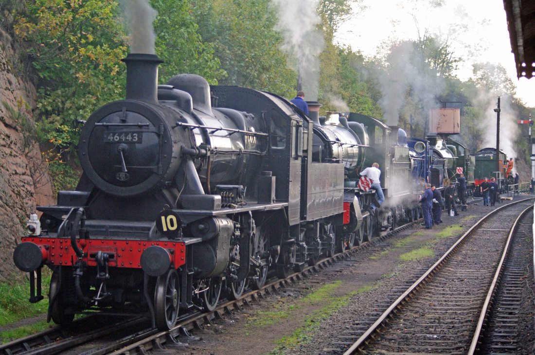 46443 at Bewdley 2011.jpg