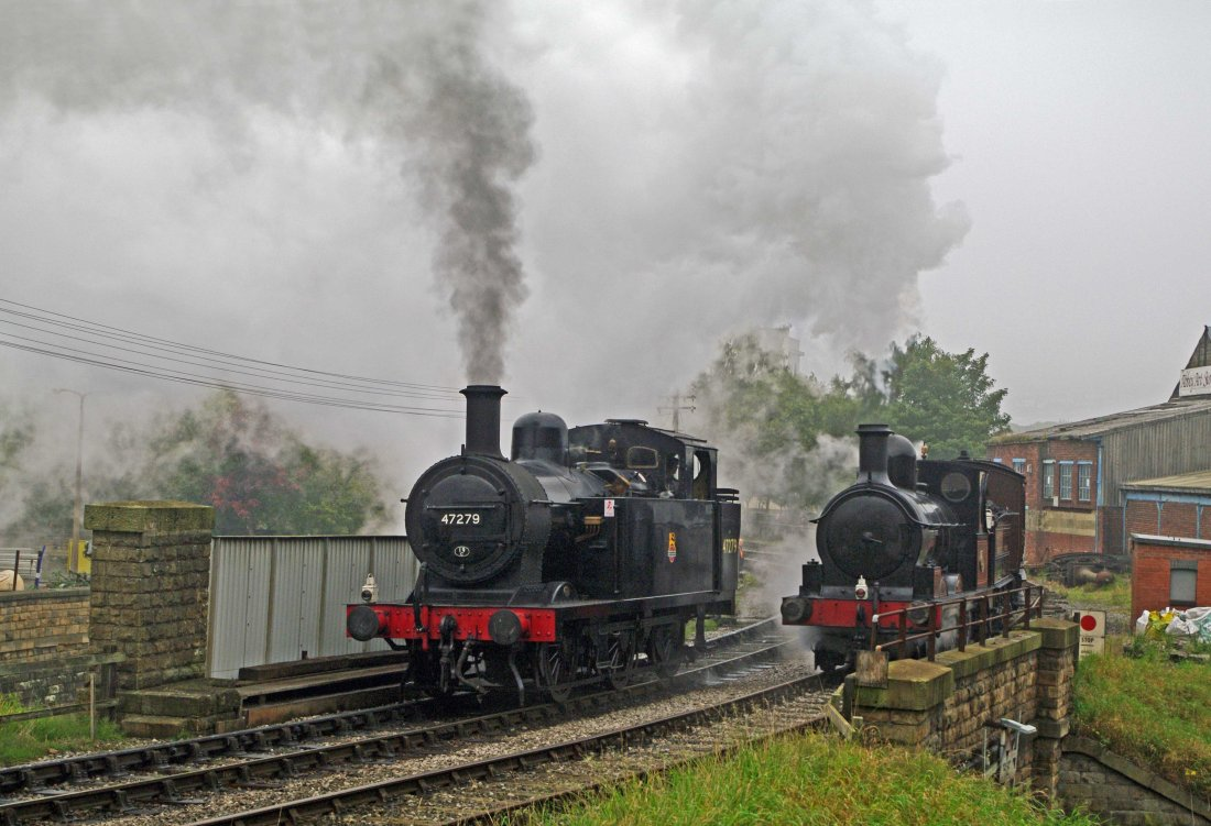 47279 at Keighley with 52044.jpg