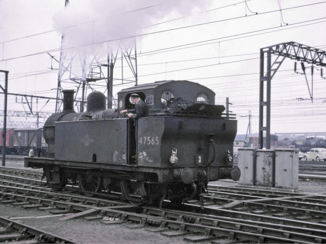 47565 Crewe August 1965.jpg