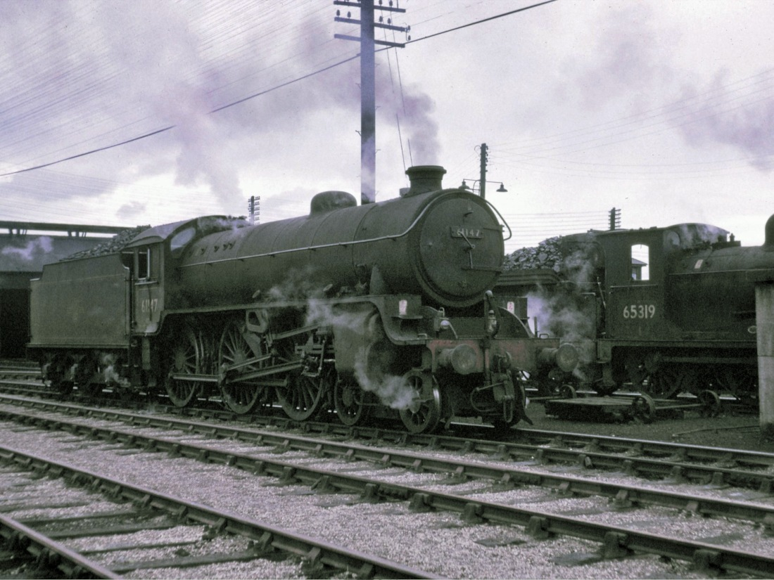61147 Dundee July 1965.jpg