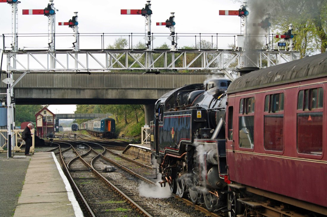 80080 Bury 2011.jpg