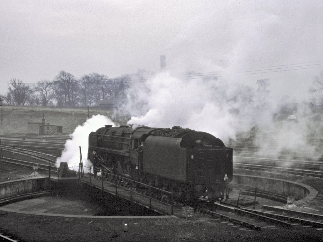 92137 Kingmoor February 1967.jpg