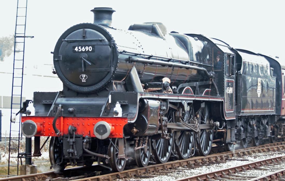 42020-East Lancs Railway-Rawtenstall-2018- 45690 Leander.jpg