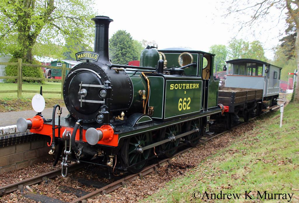 32662 at Bressingham - April 2017.jpg
