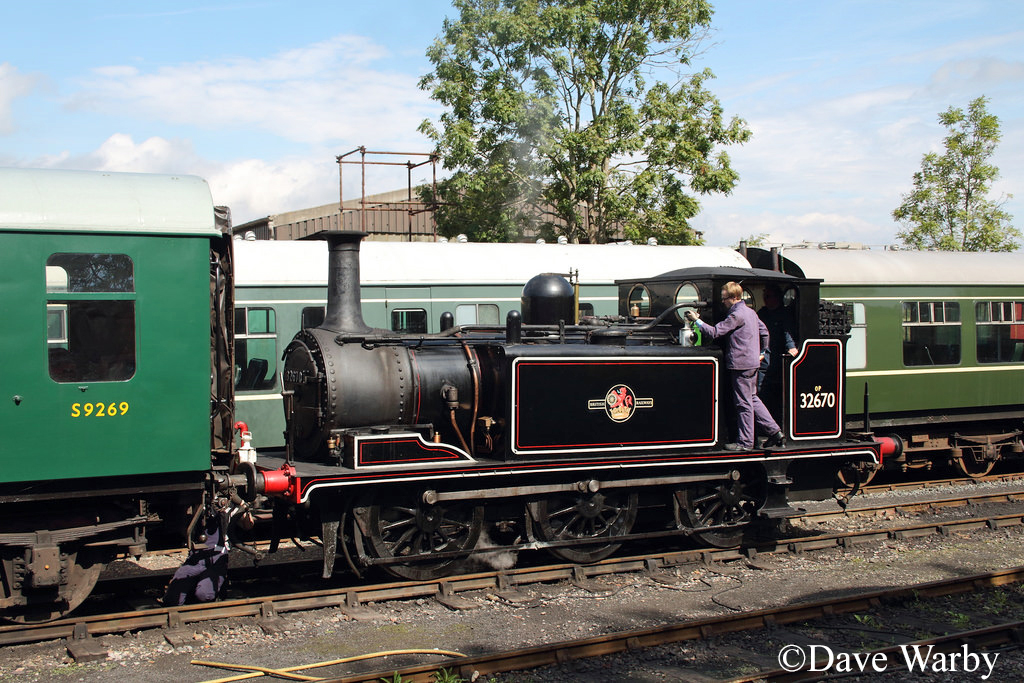32670 at Tenterden - August 2015.jpg