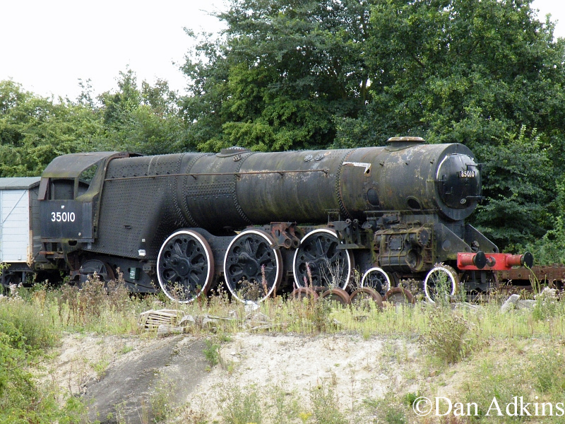 35010 at the Colne Valley railway - August 2011.jpg