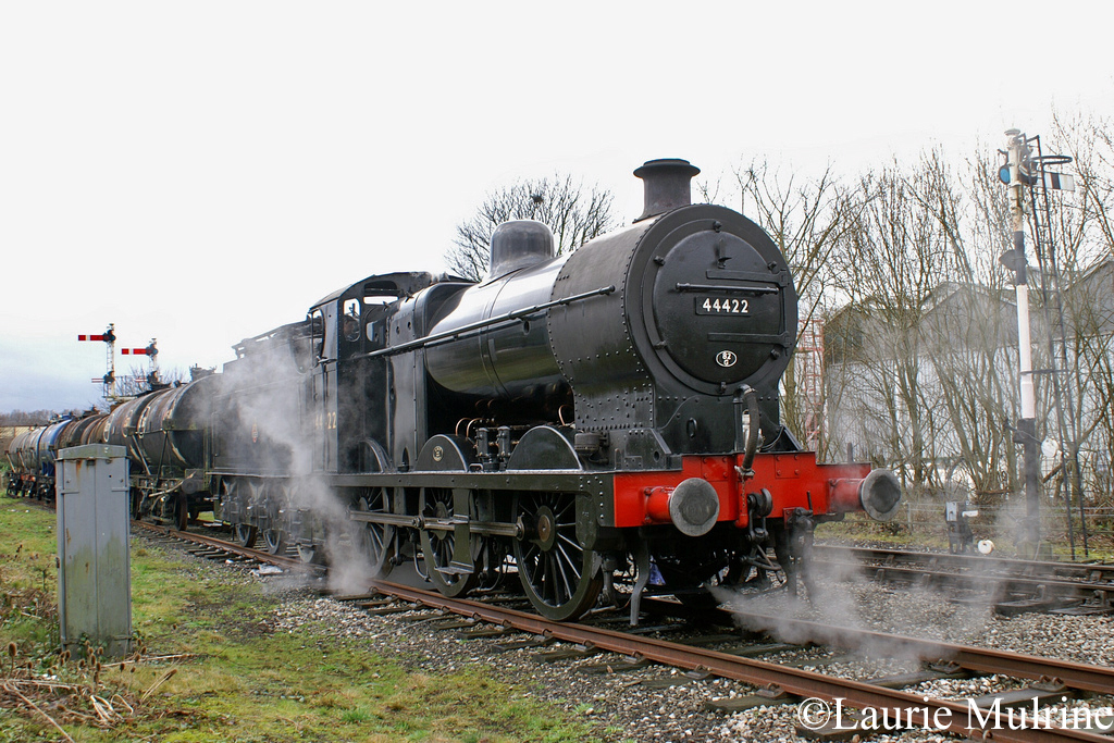 44422 at Ramsbottom ELR - Jan 2007.jpg