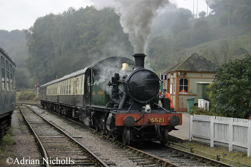5521 at Norchard Low Level Station on the Dean Forest Railway - October 2009.jpg