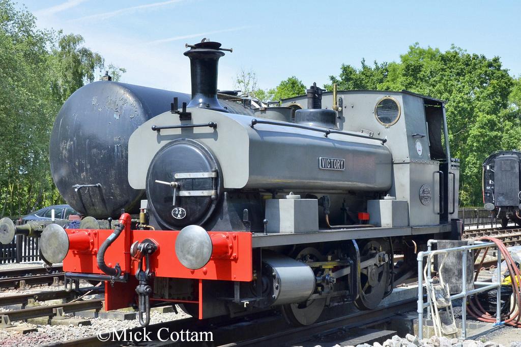 AB 2199 Whitwell & Reepham Railway  June 2016.jpg
