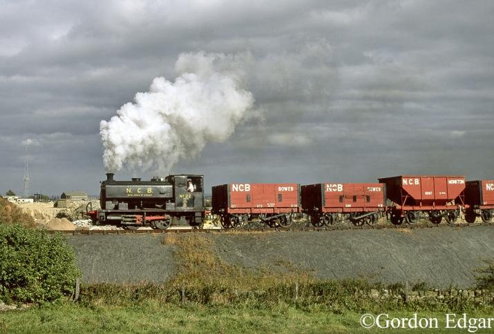 AB 2274 Bowes Railway  August 1998.jpg