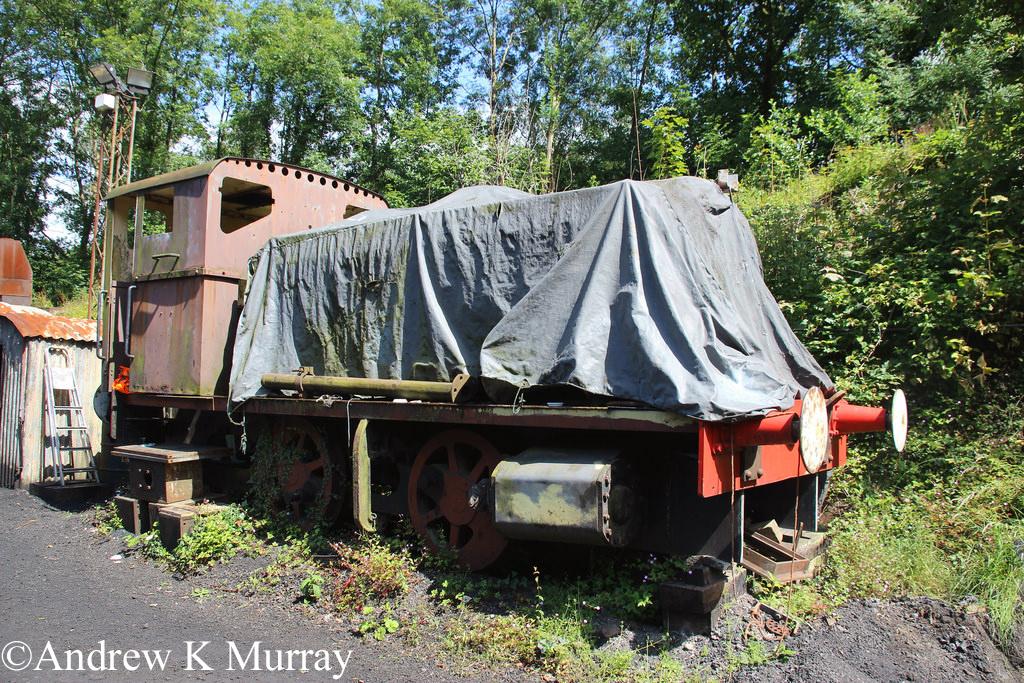 Andrew Barclay 2221 at Norchard - July 2016.jpg