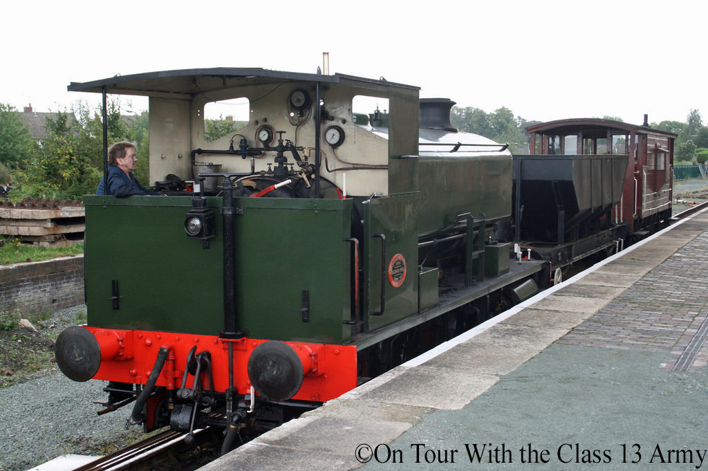 Andrew Barclay 2261 at Oswestry - September 2016.jpg
