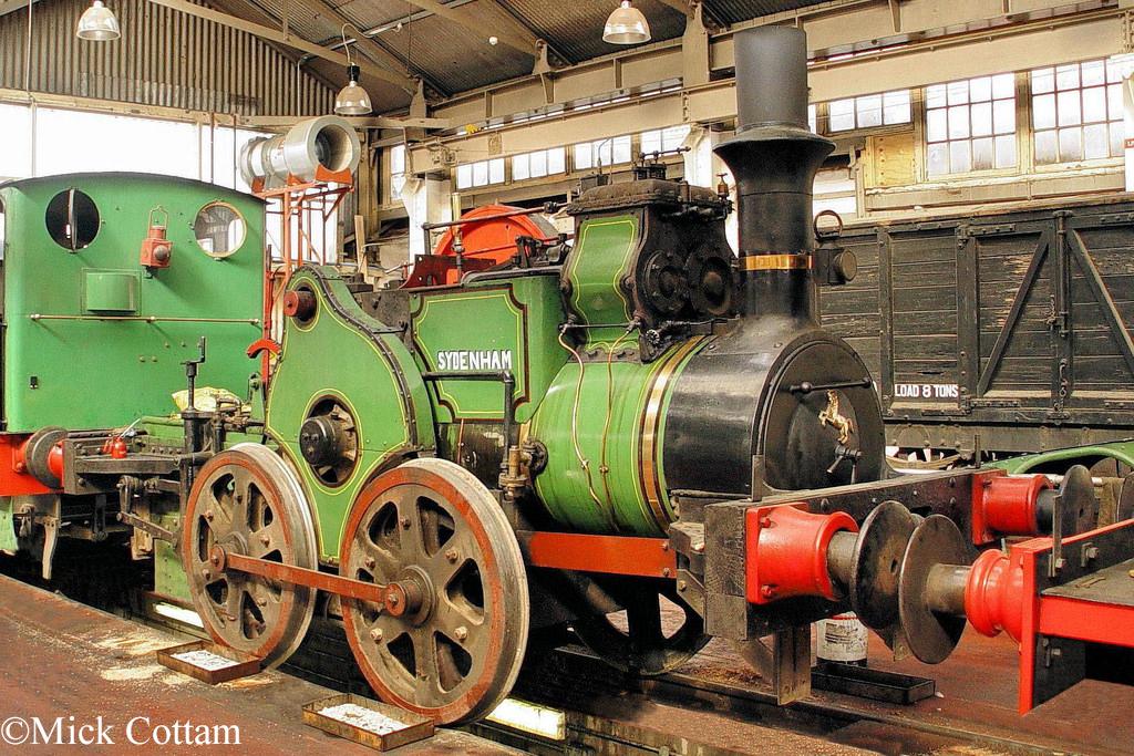 Aveling & Porter 3567  Chatham Dockyard Museum October 2011.jpg