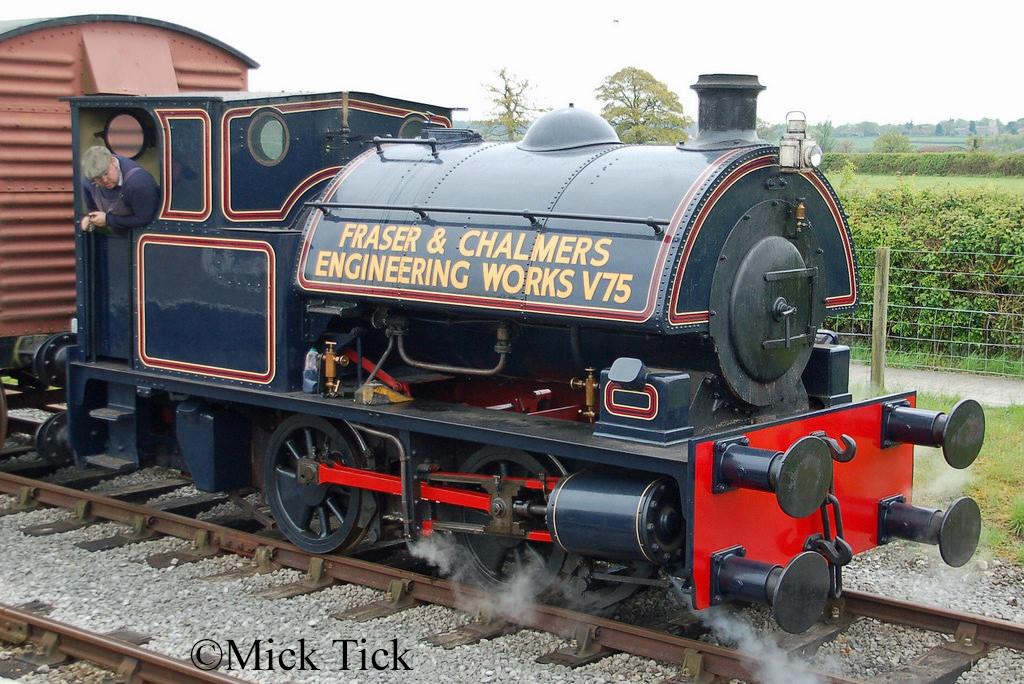 Bagnall 2469 at the Buckinghamshire Railway Centre - April 2017.jpg