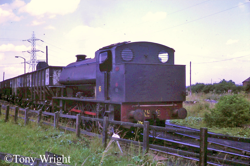 Bagnall 2749 of Backworth Loco Shed shunts Eccles Colliery - August 1975.jpg