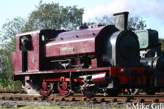 Bagnall 3059 at Foxfield Railway Oct 2011.jpg