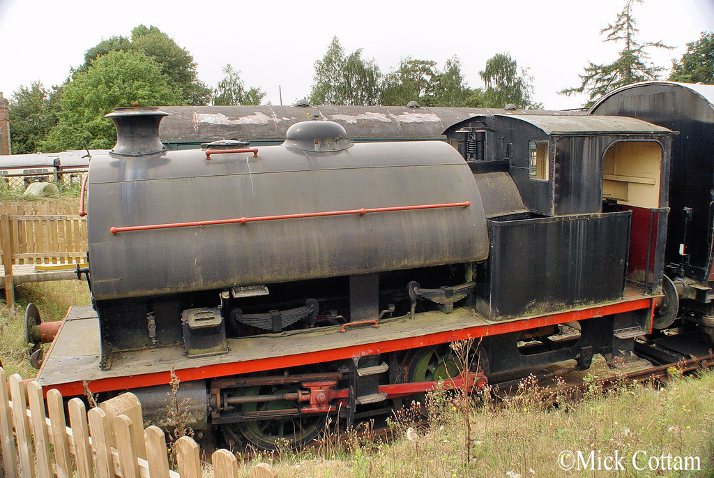 Hawthorn Leslie 3715 Colne Valley Railway August 2011.jpg
