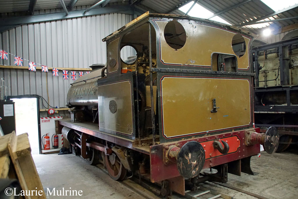 Hawthorn Leslie 3799 at Aln Valley Railway - August 2017.jpg