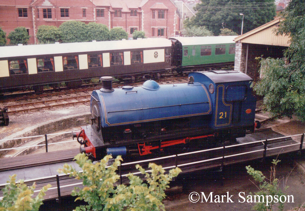 Hawthorn Leslie 3931 at the Swanage Railway - June 1988.jpg