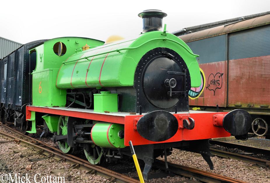 HL 3640  Bo'ness & Kinneil Railway   June 2014.jpg