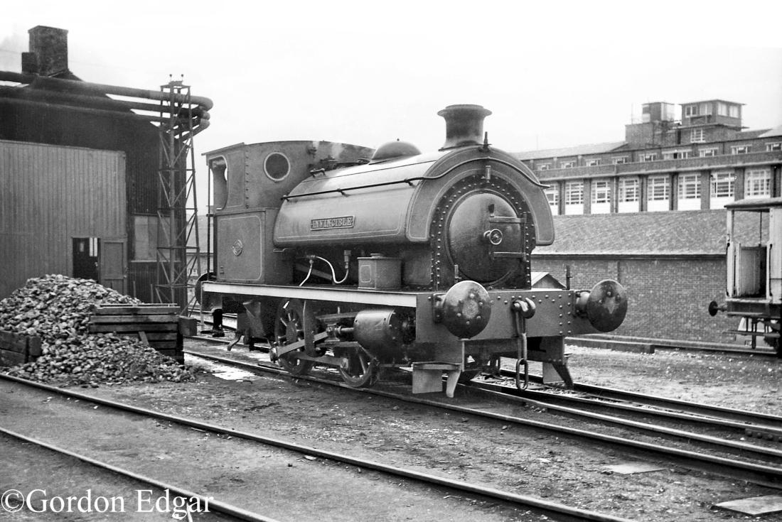 HL3135-RAE-Farnborough - February 1965.jpg