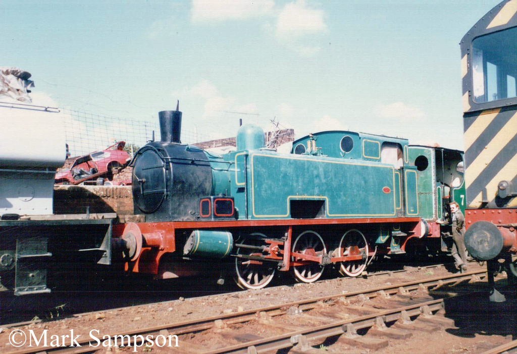 Hudswell 1884 at the South Yorkshire Railway - October 1989.jpg
