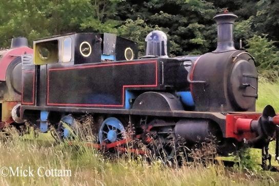 Hudswell Clarke 1450 Emsay & Bolton Abbey July 2012.jpg