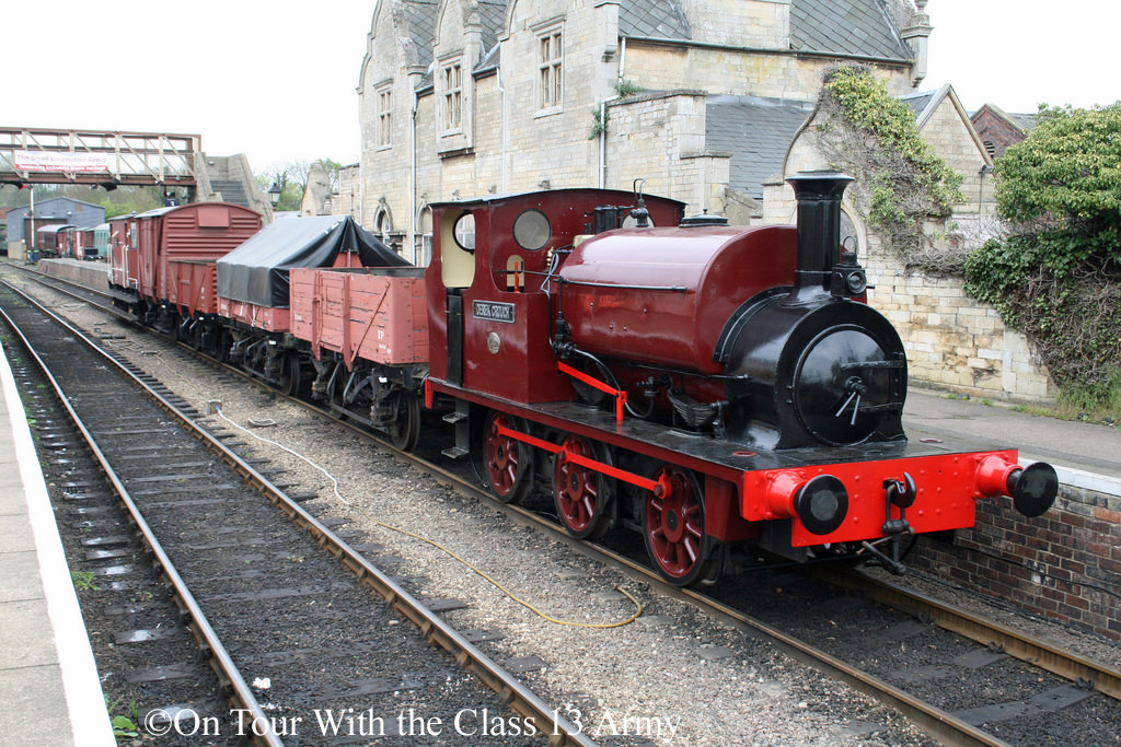 Hudswell Clarke 1539 at Wansford on the Nene Valley Railway - April 2015.jpg