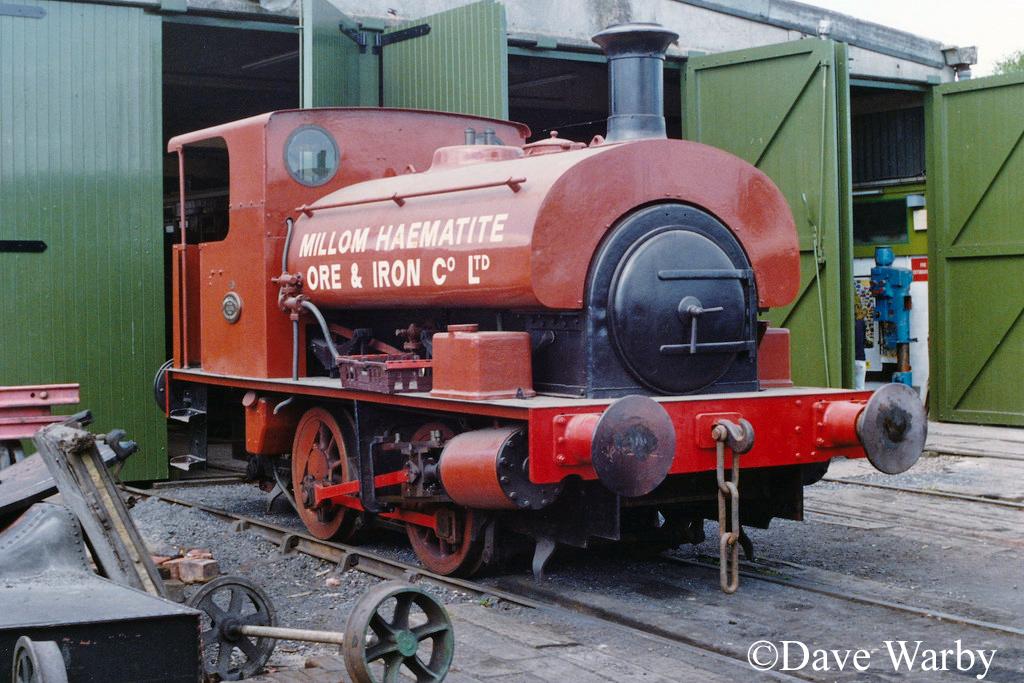 Hudswell Clarke 1742 at Quainton - May 1990.jpg