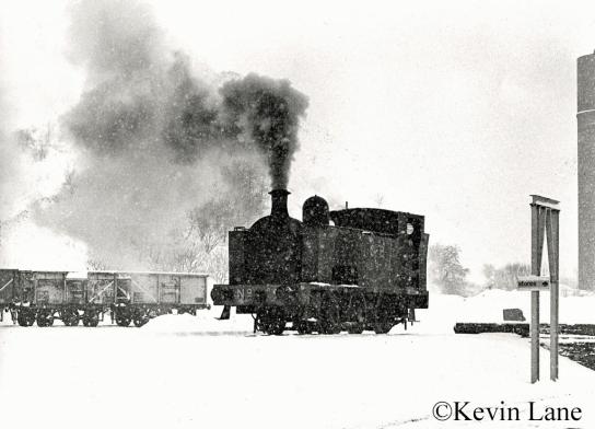 Hudswell Clarke 895 at Bedlay Colliery - January 1978.jpg