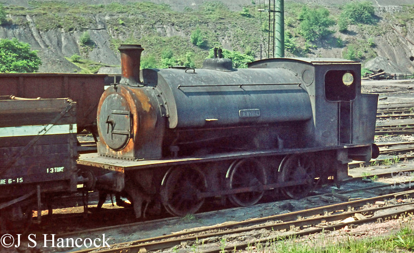 Hunslet 1589 at NCB Woolley Colliery June 1971.jpg